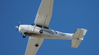 C-GUGT - Cessna 172M Skyhawk - Dorval Aviation