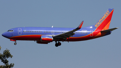 N620SW - Boeing 737-3H4 - Southwest Airlines
