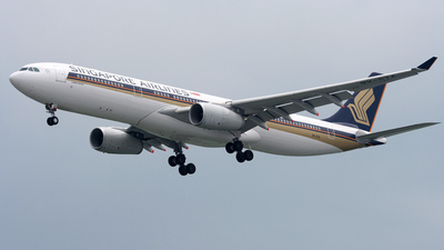 9V-STA - Airbus A330-343 - Singapore Airlines