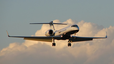 N93M - Gulfstream G-V - Private