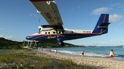 PJ-WIH - De Havilland Canada DHC-6-300 Twin Otter - Winair - Windward Islands Airways