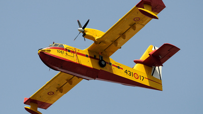UD.13-17 - Canadair CL-215T - Spain - Air Force
