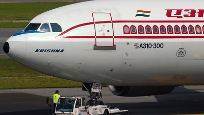 VT-EQS - Airbus A310-304(F) - Air India