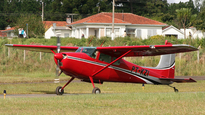 PT-KZI - Cessna 180C Skywagon - Private