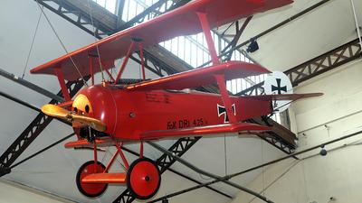 425-17 - Fokker DR.1 - Germany - Air Force
