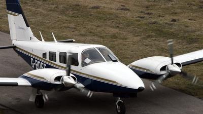 A picture of GBOFE - Piper PA34200T Seneca II - [347870381] - © Maciej Goclon