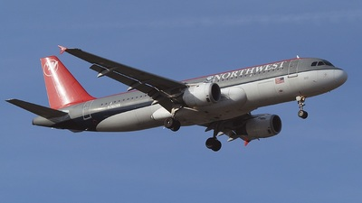 N362NW - Airbus A320-212 - Northwest Airlines
