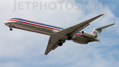 N593AA - McDonnell Douglas MD-83 - American Airlines