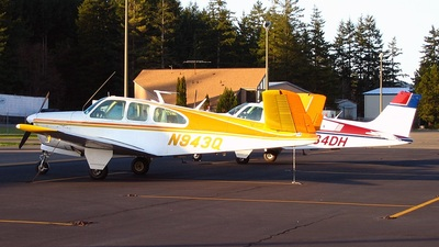 Photos from Bremerton National Airport - KPWT on JetPhotos