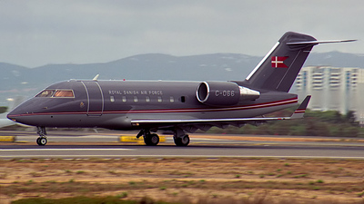 C-066 - Bombardier CL-600-2B16 Challenger 604 - Denmark - Air Force