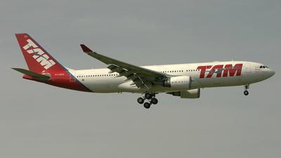 PT-MVG - Airbus A330-203 - TAM Linhas Aéreas