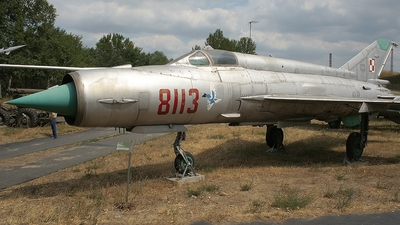 8113 - Mikoyan-Gurevich MiG-21MF Fishbed J - Poland - Air Force