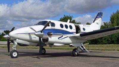 F-GHUV - Beechcraft E90 King Air - Private