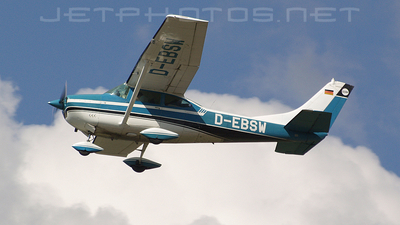 A picture of DEBSW - Cessna 182J - [56859] - © Niko Korpela