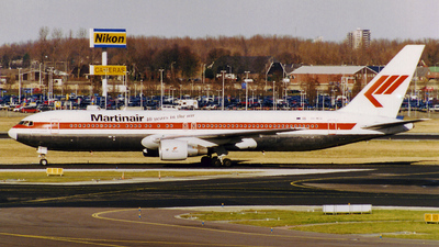 PH-MCH - Boeing 767-31A(ER) - Martinair Holland