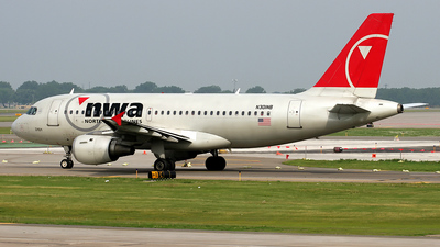 N301NB - Airbus A319-114 - Northwest Airlines