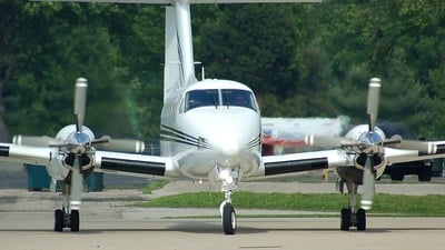 N700Z - Beechcraft B200 Super King Air - Private