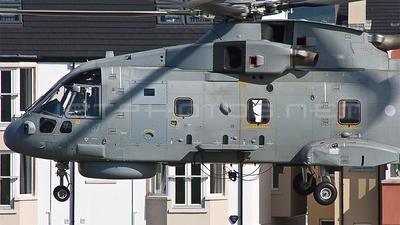 ZH842 - Agusta-Westland Merlin HM.1 - United Kingdom - Royal Navy