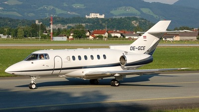 OE-GCE - Raytheon Hawker 800XP - Goldeck Flug