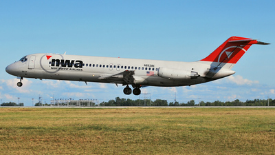 N8938E - McDonnell Douglas DC-9-31 - Northwest Airlines