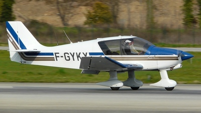 F-GYKX - Robin DR400/120 Petit Prince - Private