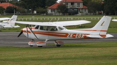 A picture of ZKEOX - Cessna 172N Skyhawk II - [17272561] - © Noel Jones