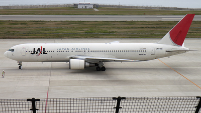 JA8397 - Boeing 767-346 - Japan Airlines (JAL)