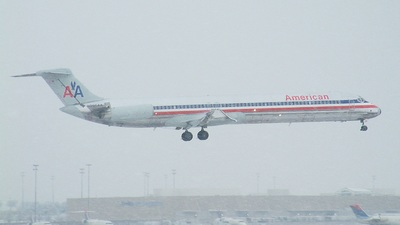 N286AA - McDonnell Douglas MD-82 - American Airlines