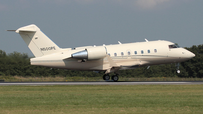 N500PE - Bombardier CL-600-2B16 Challenger 604 - Private