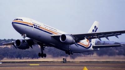 VH-TAB - Airbus A300B4-203 - Trans Australia Airlines (TAA)