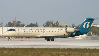 N576ML - Bombardier CRJ-200LR - airTran Jet Connect (Air Wisconsin)