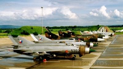 5302 - Mikoyan-Gurevich MiG-21MF Fishbed J - Czech Republic - Air Force