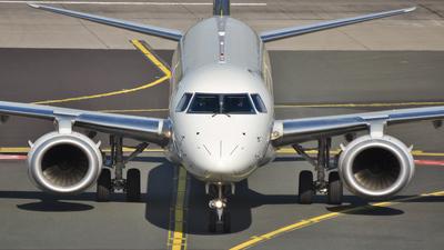 D-AECE - Embraer 190-100LR - CityLine