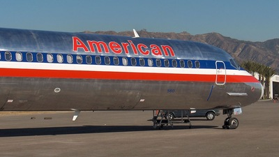 N560AA - McDonnell Douglas MD-82 - American Airlines