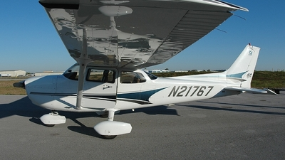 N21767 - Cessna 172S Skyhawk SP - Private