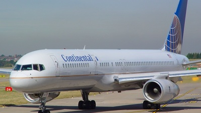 N19117 - Boeing 757-224 - Continental Airlines