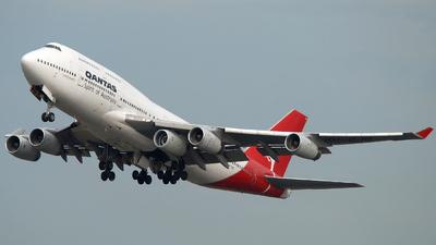 VH-OJQ - Boeing 747-438 - Qantas