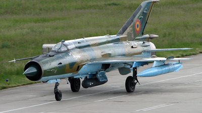 5913 - Mikoyan-Gurevich MiG-21MF Lancer A - Romania - Air Force