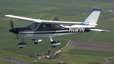 PH-WYN - Cessna 177B Cardinal - Private