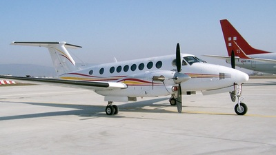 SE-LLU - Beechcraft B300 King Air 350 - Pa Flyg