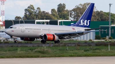 LN-TUA - Boeing 737-705 - SAS Norge