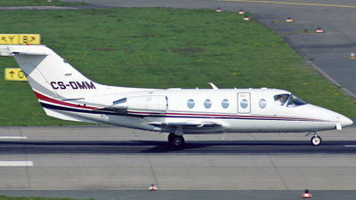 CS-DMM - Raytheon Hawker 400XP - NetJets Europe