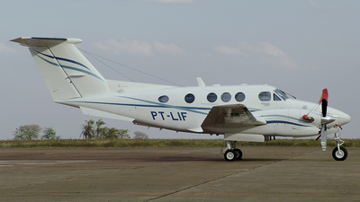 PT-LIF - Beechcraft F90 King Air - Private