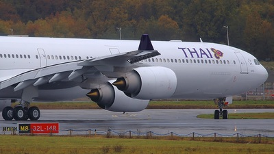 F-WWCH - Airbus A340-642 - Thai Airways International