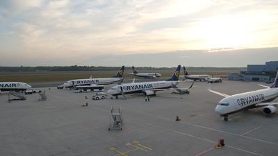 EDLV - Airport - Ramp