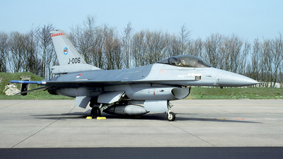 J-006 - General Dynamics F-16A Fighting Falcon - Netherlands - Royal Air Force