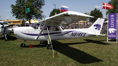 A picture of N814KS - Cessna 172R Skyhawk -  - © Bruce Leibowitz