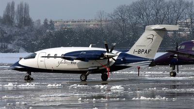 I-BPAF - Piaggio P-180 Avanti - Blue Panorama Airlines
