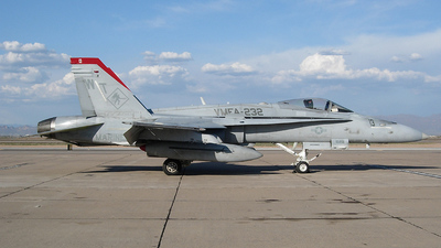 165230 - McDonnell Douglas F/A-18C Hornet - United States - US Marine Corps (USMC)