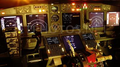TC-TJG - Boeing 737-86J - Corendon Airlines